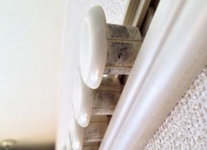 新築一戸建て備え付け収納 壁の隙間 悩み