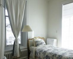 新築カーテン選び方のコツ縦長窓