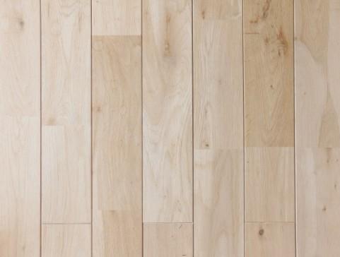 新築キッチン床材無垢材のメリット