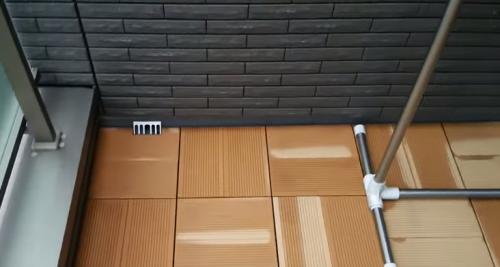 新築一戸建てランニングコスト外壁タイルバルコニー床施行例画像
