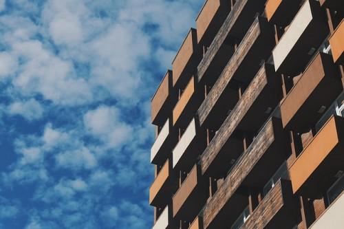 新築バルコニー広さ狭い奥行きの選び方