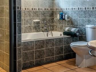 新築トイレの床の色選び方