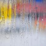 窓の結露対策は断熱材選びでセルローズファイバーに注目