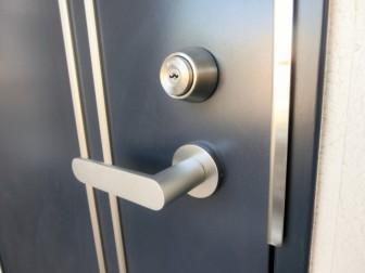 三協アルミ玄関ドア鍵の仕様感想