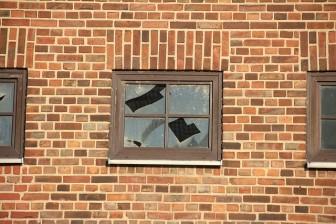 戸建て小窓カーテン失敗原因