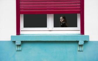 新築窓用カーテンとブラインド比較のコツ
