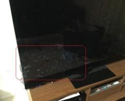 新築掃除のコツ|リビング液晶テレビ手垢