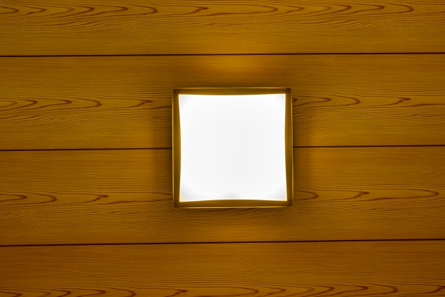 新築玄関和モダンな玄関の照明を活かす大切なパーツ天井選び