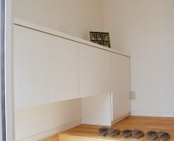 新築一戸建て玄関収納下駄箱配置風水鏡意味
