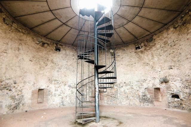 階段の種類にこだわるリスク