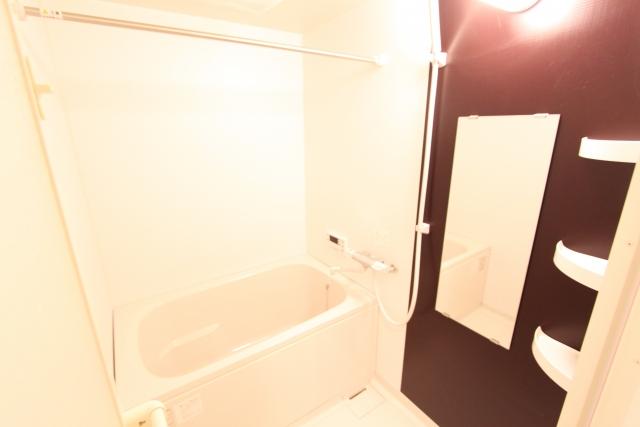 新築一戸建て間取り浴室狭い 原因
