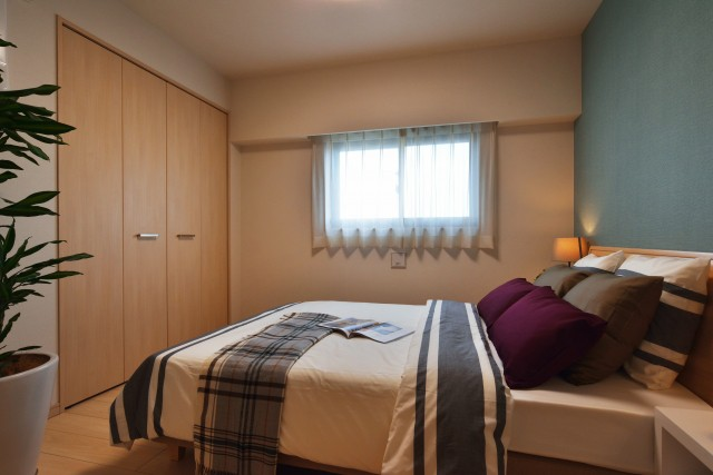 新築主寝室広さやインテリア配置
