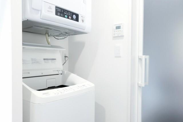 新築お風呂照明スイッチ配置成功のコツ 扉の干渉を受けないためにドアノブ近くに配置