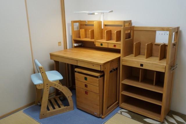 新築子供部屋机配置おすすめ 掃き出し窓からずらす