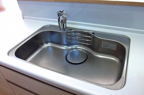 新築システムキッチン色こだわり工夫