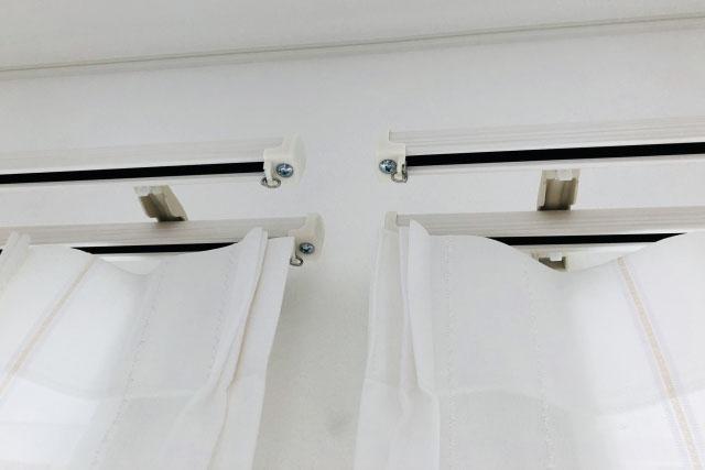 新築縦長窓へのカーテンレール寸法のコツ デザイン