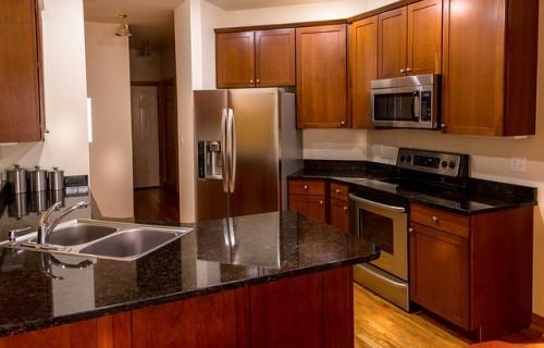 新築キッチン冷蔵庫配置と家事動線