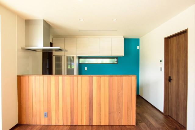 キッチンパントリー広さ失敗後悔原因 キッチン隣の角への設置
