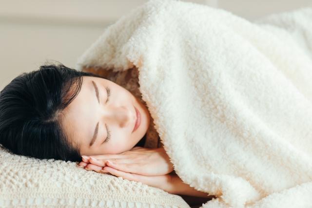主寝室カーテン選び方失敗後悔の原因 インテリア的主張と睡眠