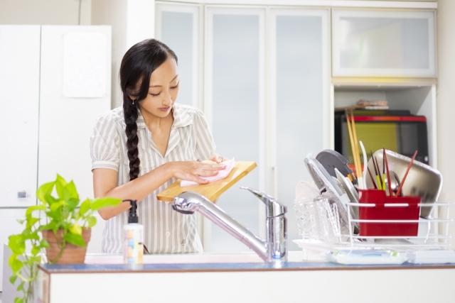 新築キッチン冷蔵庫配置注意点