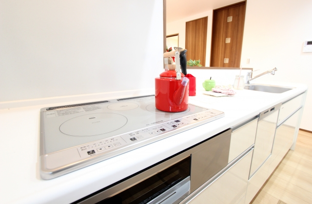 新築キッチンインテリア注意点 アクセントカラーの使い方