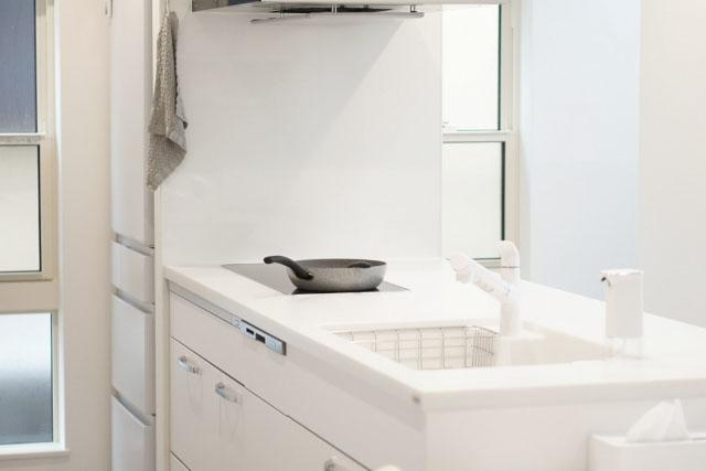 新築キッチン冷蔵庫配置失敗原因