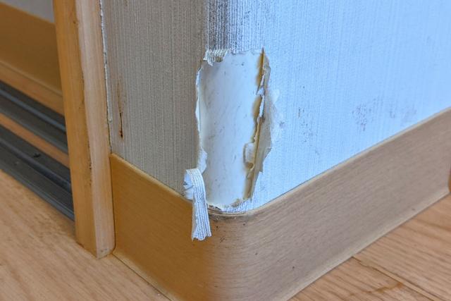 新築一戸建て引っ越しトラブル 壁紙の破損