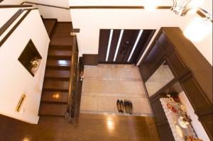 玄関吹き抜け2階からの景色