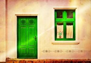 新築玄関の向き間取りの優先順位