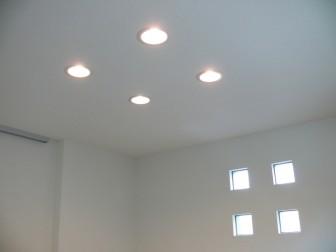 ダウンライトとは新築照明